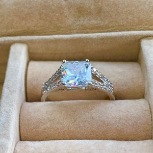 Jewelry - CZ Princess Ring with side baguettes